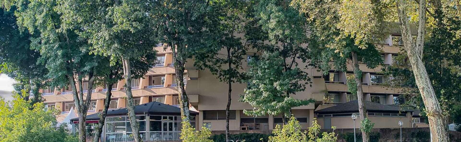 Dax Hotel - EDIT_FRONT_03.jpg