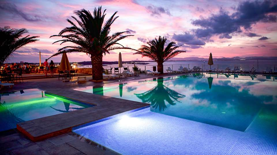 Hotel Club Sunway Punta Prima - EDIT_POOL_06.jpg