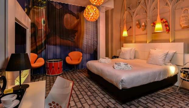 Zomeraanbieding: Romantisch uitje in Bergen met privé spa voor 2
