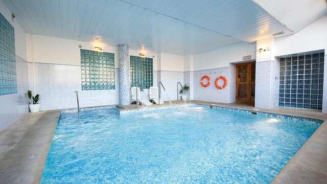 Disfruta del acceso al spa en una villa termal