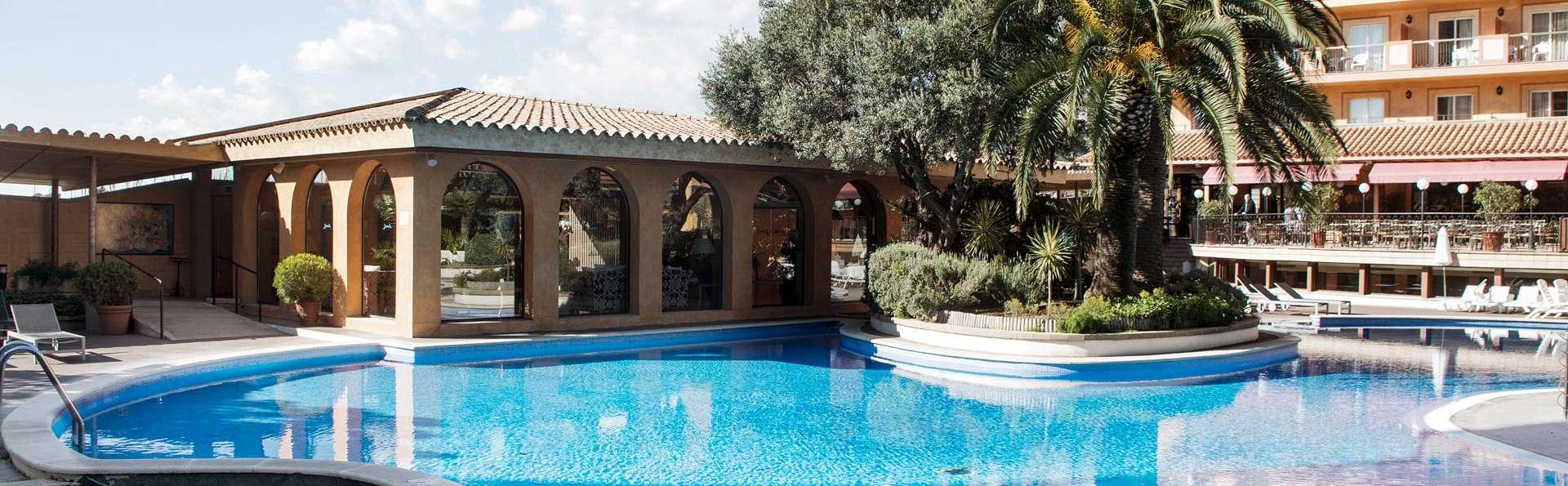 Relax total con zona de aguas, yoga, meditación y mucho más en Malgrat de Mar