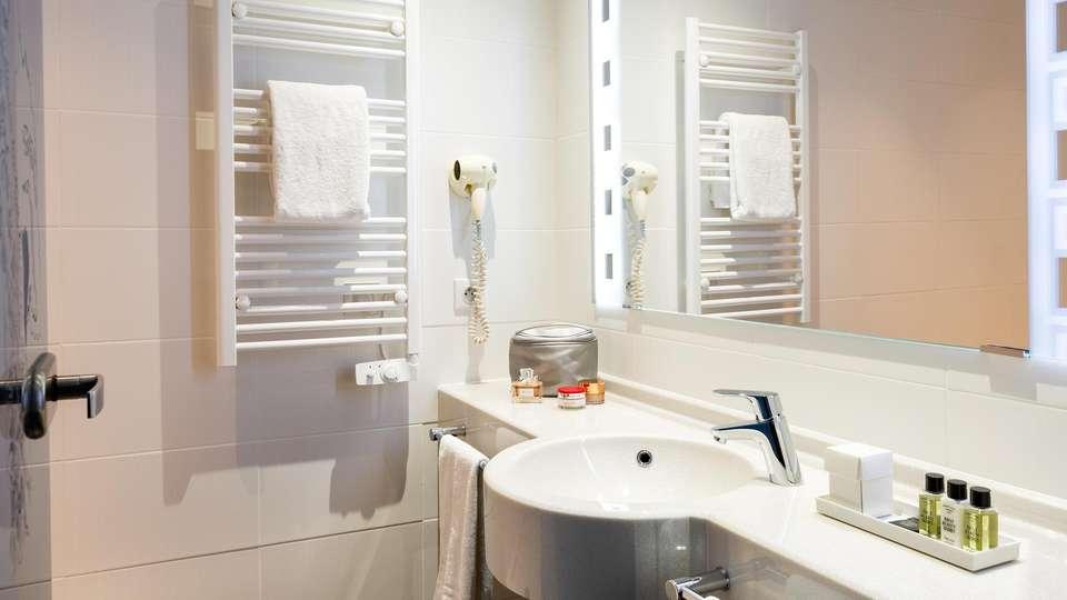 Hôtel Roi Soleil Prestige Colmar - EDIT_BATHROOM_01.jpg