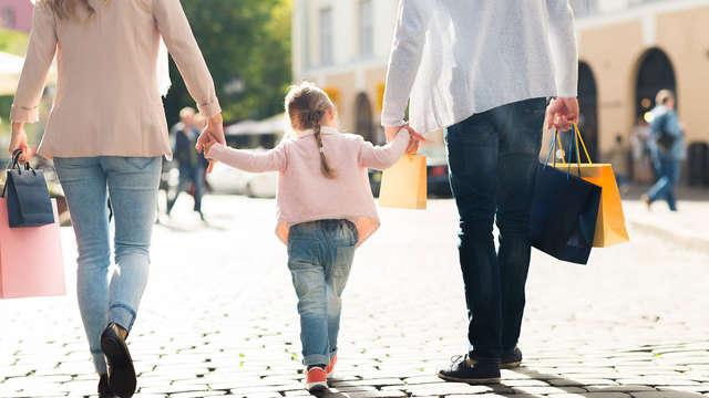 Soggiorno in famiglia ai piedi dell'Etna: 2 bambini gratuiti e upgrade in camera superior