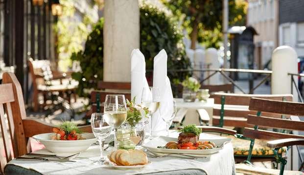 Succulent repas et moment de détente inégalable sur la Moselle (à partir de 2 nuits)
