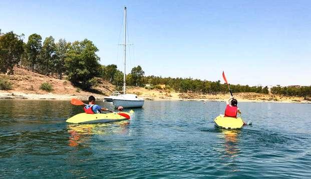 Escapada en un apartamento con vistas a la Playa dulce de Orellana con Kayak o Paddle Surf