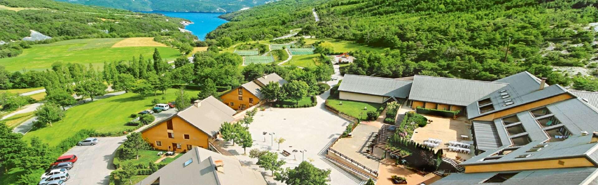 Club Vacances Bleues Les Horizons du Lac - EDIT_Vue_exterieure_2.jpg