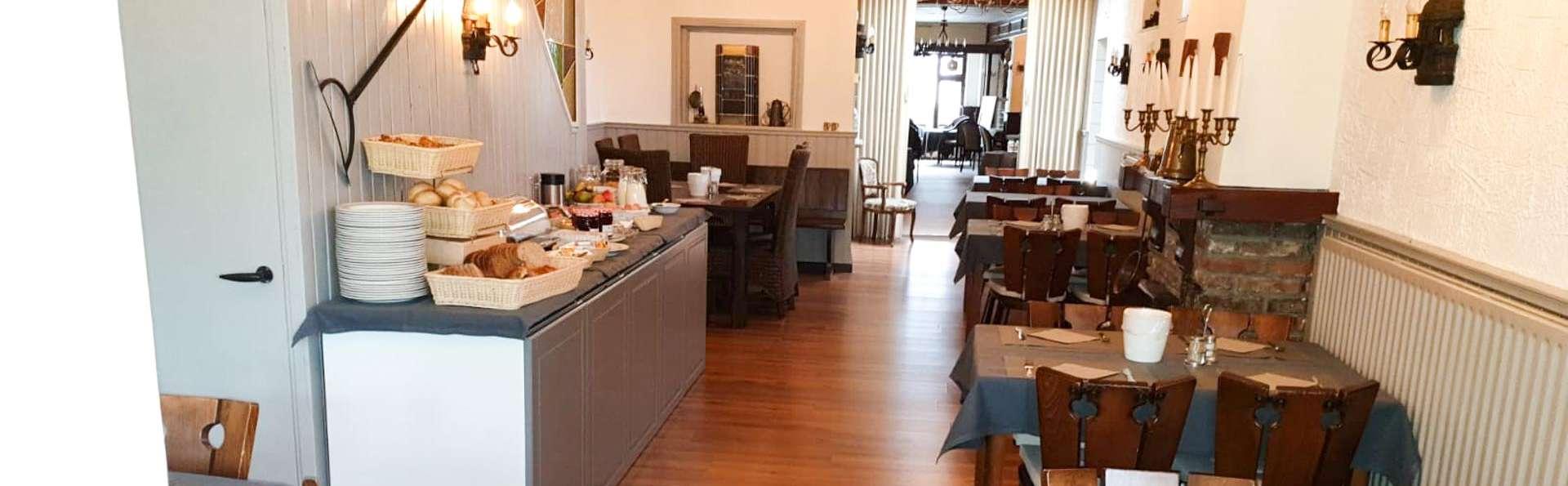 Hotel B&B De Heren van Valkenburg - EDIT_BREAKFAST_02.jpg