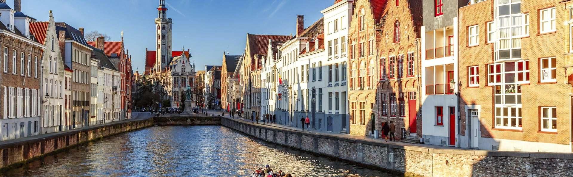 Admirez Bruges depuis l'eau et séjournez près de Bruges (à partir de 2 nuits)