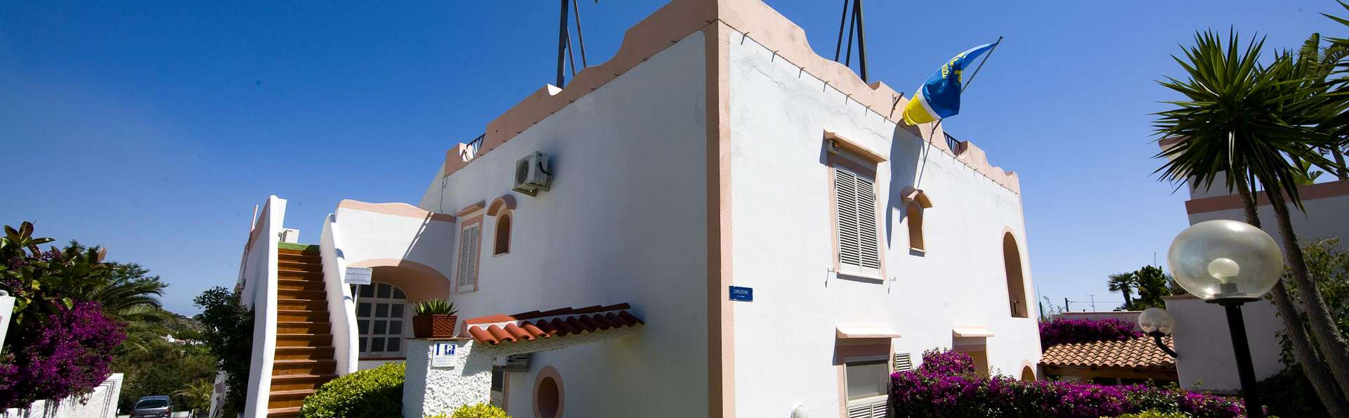 Hotel Castiglione Village - EDIT_FRONT_02.jpg