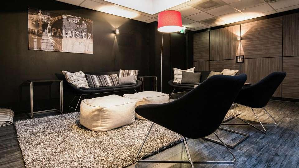 Crown Hotel Eindhoven - EDIT_N3_LOUNGE_01.jpg