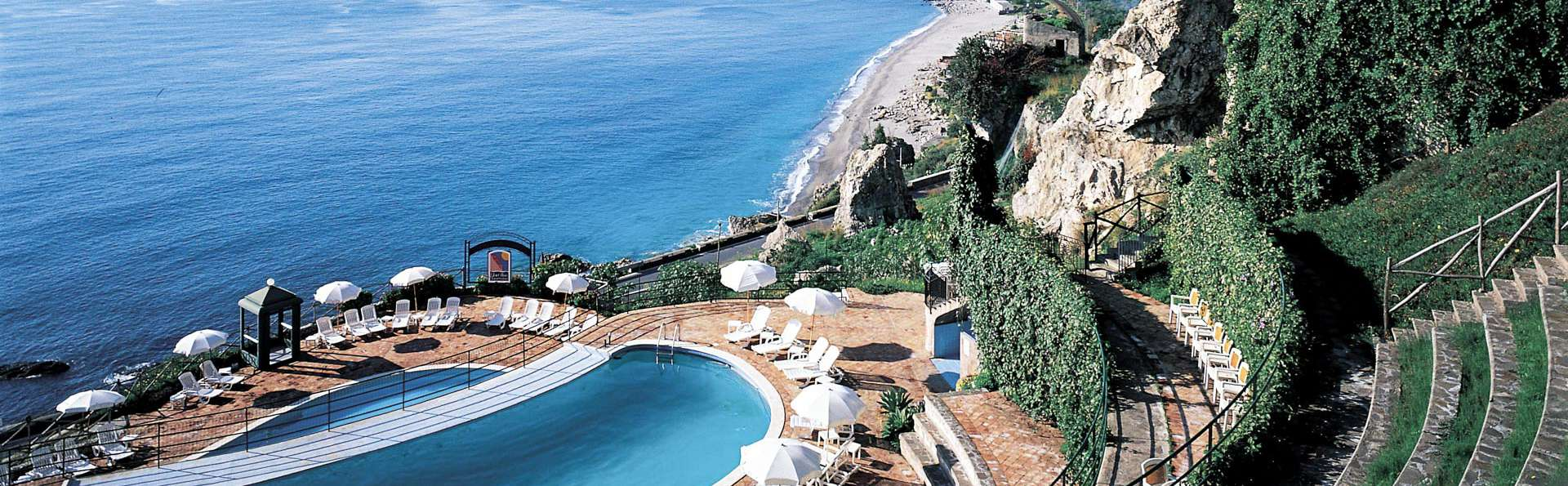 Baia Taormina Grand Palace Hotels & Spa - EDIT_POOL_02.jpg