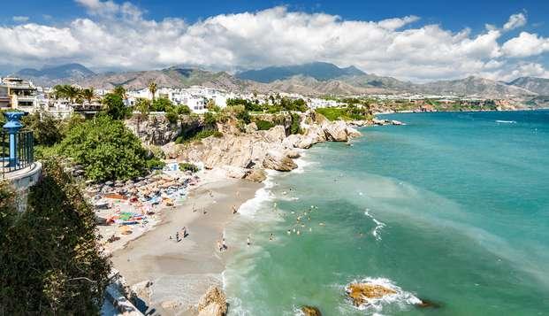 Descubre Nerja a orillas del Mediterráneo