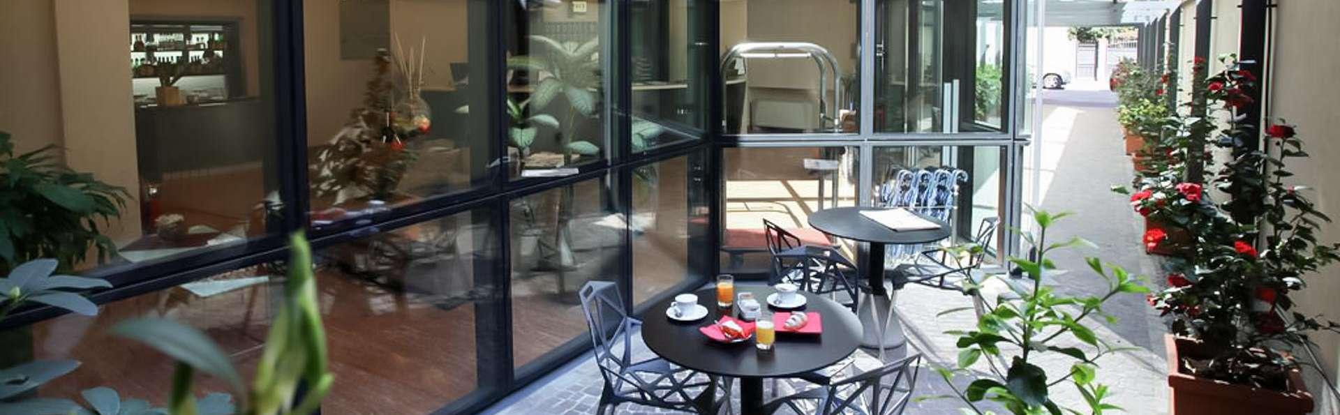 Hotel Des Etrangers  - EDIT_TERRACE_01.jpg