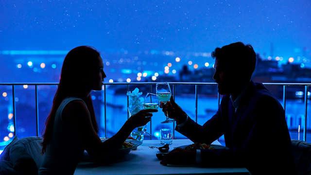 Escapade avec dîner romantique, verre de cava et gin tonic sur la Costa Blanca.