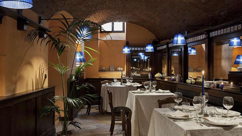 Castel Porrona Relais & Spa - EDIT_RESTAURANT_01.jpg