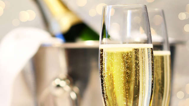 Especial Nochevieja con cena, fiesta de fin de año, brunch, tours y visitas guiadas (Desde 3 noches)