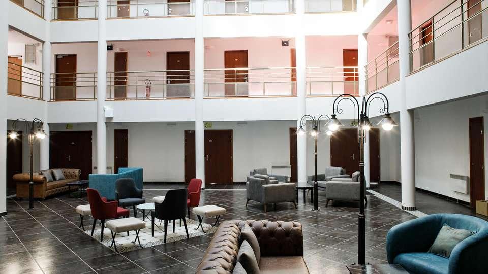 Epi Hôtel - EDIT_LOBBY_02.jpg