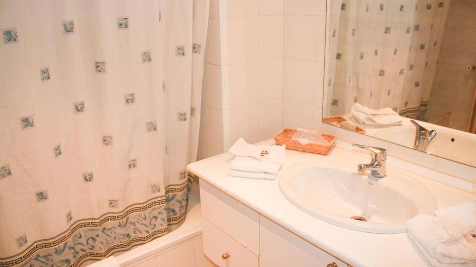 Hotel Sucara - EDIT_N2_BATHROOM_02.jpg
