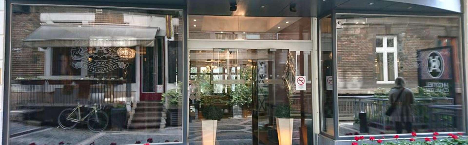 Carlton Hotel Budapest - EDIT_WEB_FRONT_02.jpg