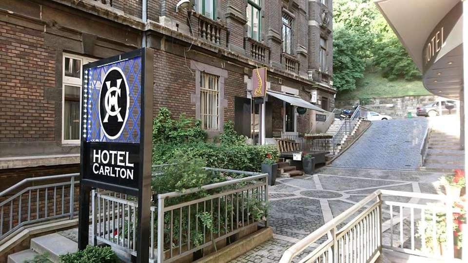 Carlton Hotel Budapest - EDIT_WEB_FRONT_01.jpg