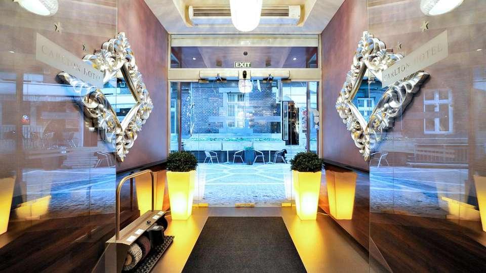 Carlton Hotel Budapest - EDIT_WEB_LOBBY_01.jpg