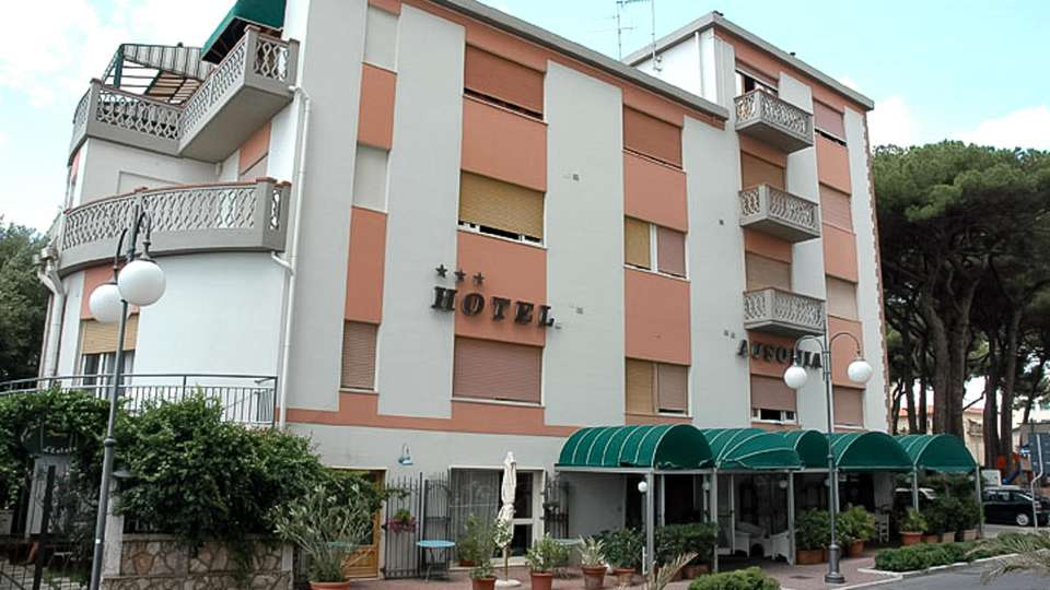 Hotel Ausonia - EDIT_FRONT_01.jpg