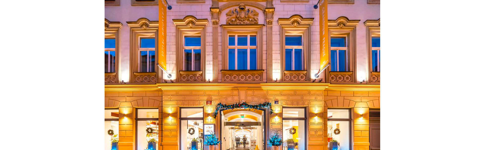 Grandium Prague - EDIT_FRONT_01.jpg