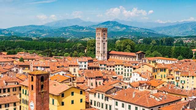 Passeggiate tra le stradine storiche di Lucca
