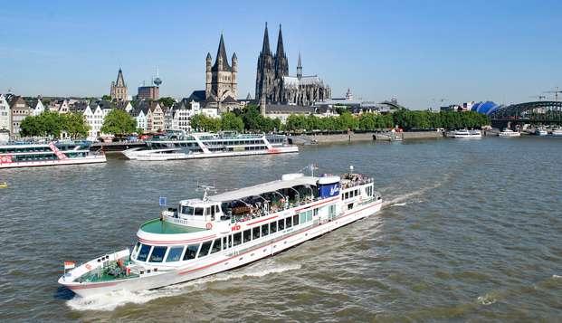 Ontdek Keulen tijdens een ontspannend verblijf met boottocht over de Rijn