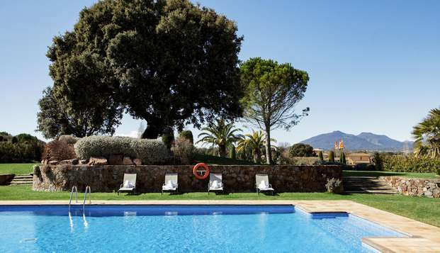 Détendez-vous dans l'Alt Empordà et profitez d'un hôtel entouré de nature
