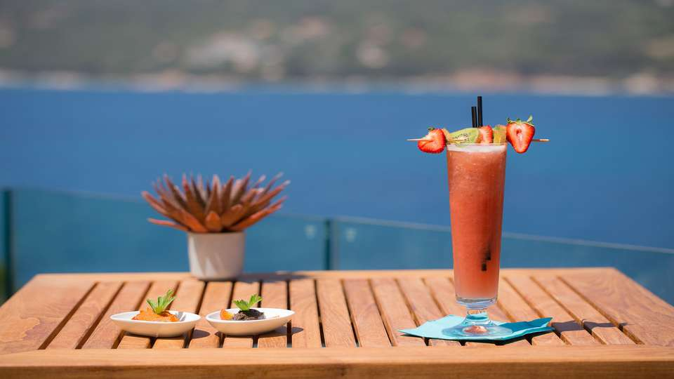 Miramar Corsica - EDIT_Cocktail.jpg