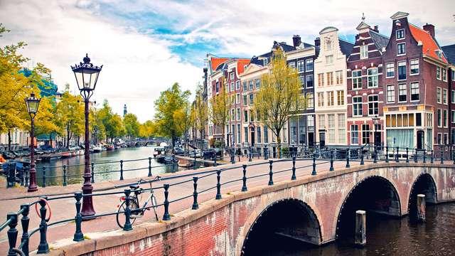 Citytrip in Amsterdam met diner en gratis parking (vanaf 2 nachten)