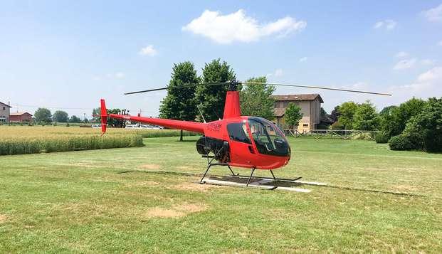 ¡Una estancia única en la campiña de Emilia, cerca de Módena, con un recorrido en helicóptero!
