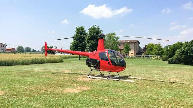 Soggiorno unico nella campagna emiliana vicino a Modena con tour in elicottero!