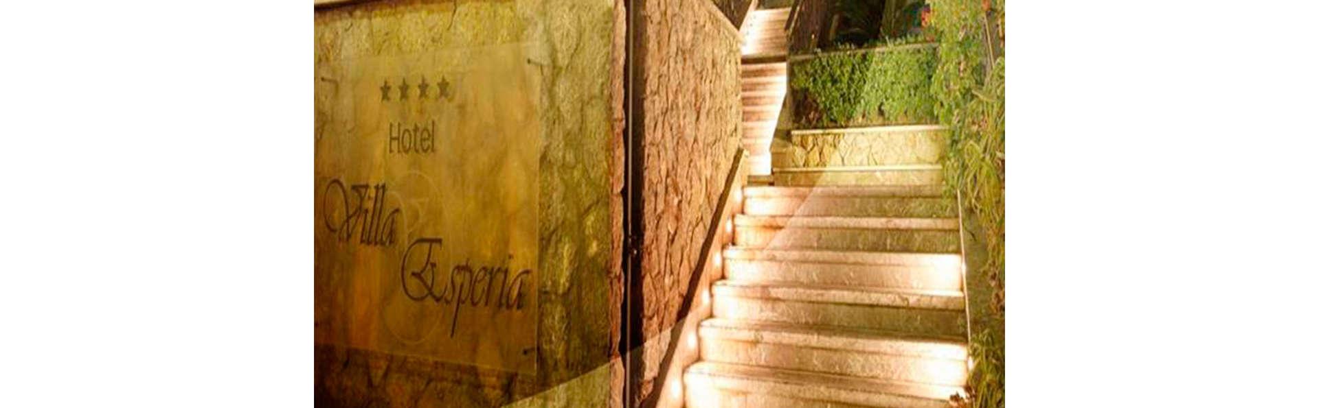 Villa Esperia - EDIT_N_ENTRANCE.jpg