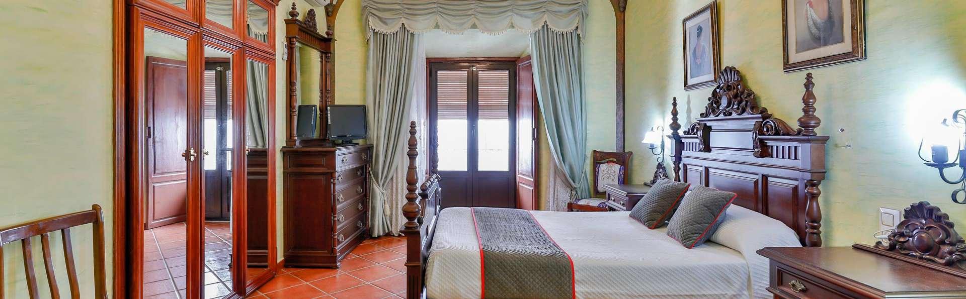 Hotel Las Palmeras by Vivere Stays - EDIT_DOUBLE_01.jpg