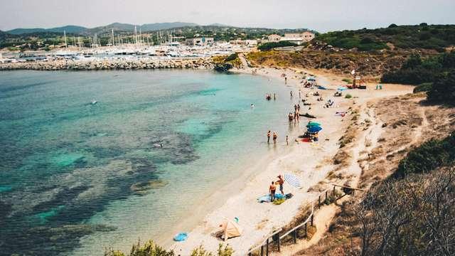 Pausa in riva al mare a Cagliari
