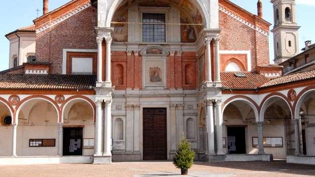 Pause au coeur d'Abbiategrasso, près de Milan....départ tardif inclus !