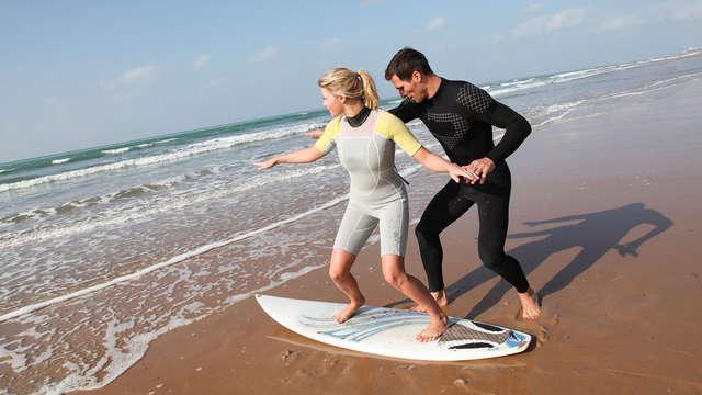 Escapada en un pazo gallego con clase de Surf, bañera hidromasaje y picnic