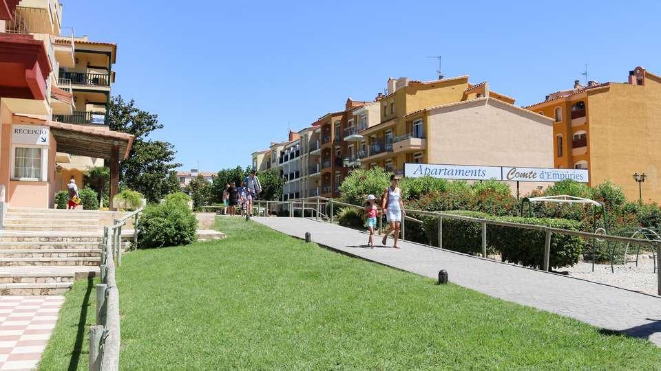 Apts Gran Reserva -Comte d'Empuries - EDIT_FRONT_01.jpg