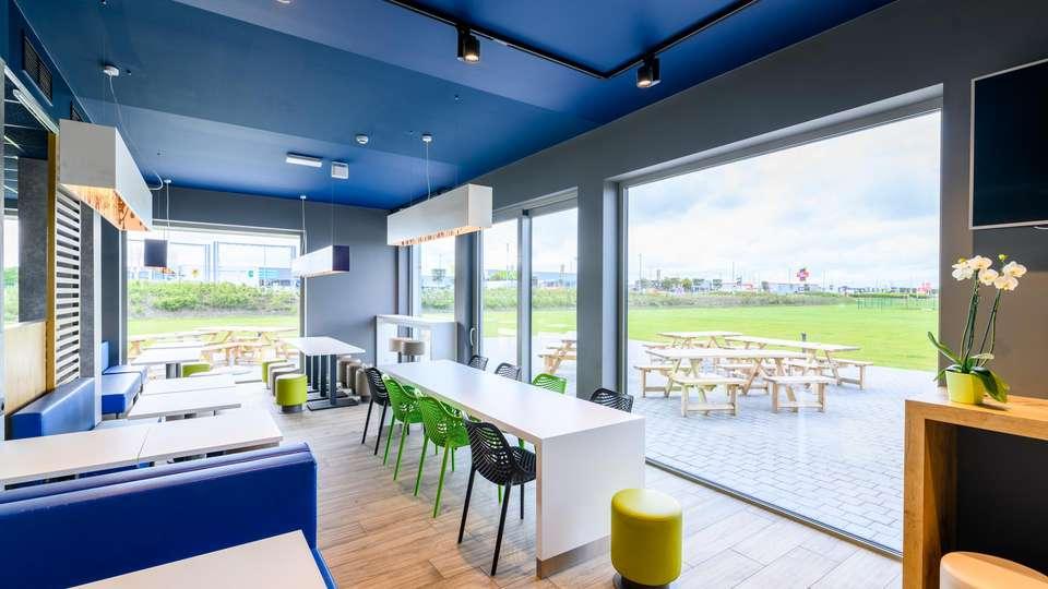 ibis Budget Oostende Airport - EDIT_N2_BREAKFAST_03.jpg