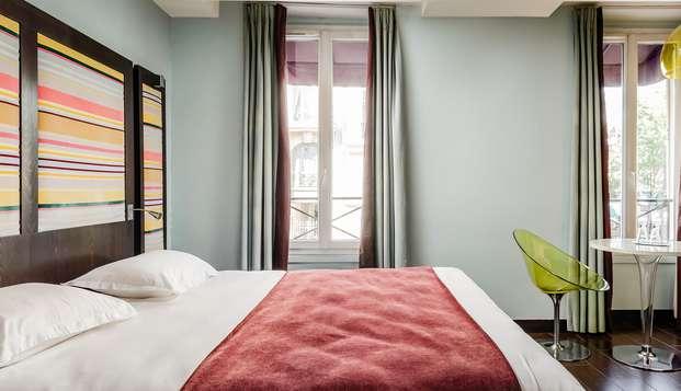 Crucero romántico por el Sena, con champán y habitación deluxe