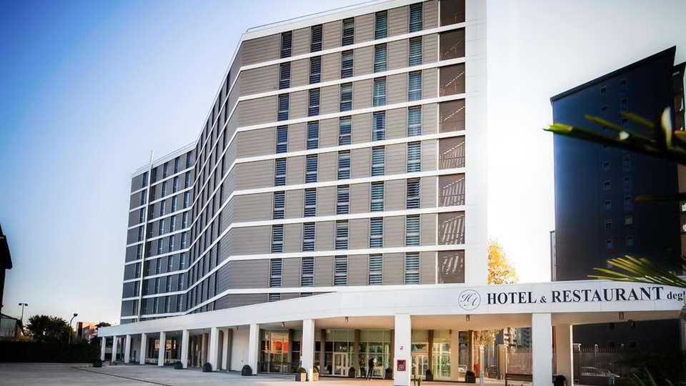 Hotel degli Arcimboldi  - EDIT_FRONT_01.jpg