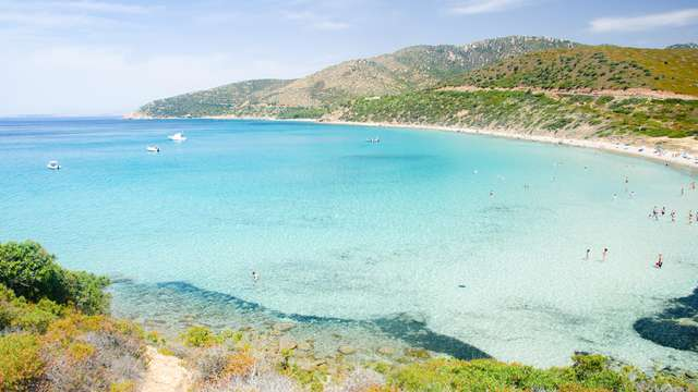 Brezza marina sulla costa della Sardegna