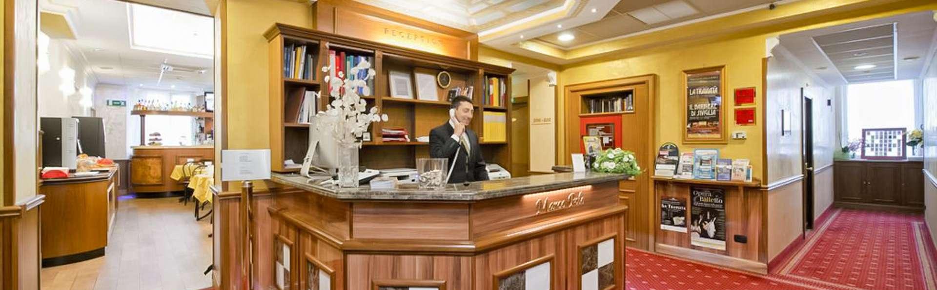 Hotel Marco Polo - EDIT_LOBBY_01.jpg