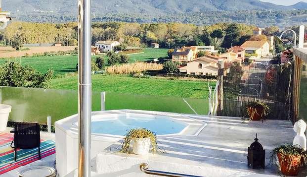 Relax totale in coppia, spa esterna e jacuzzi esterna nel Montseny