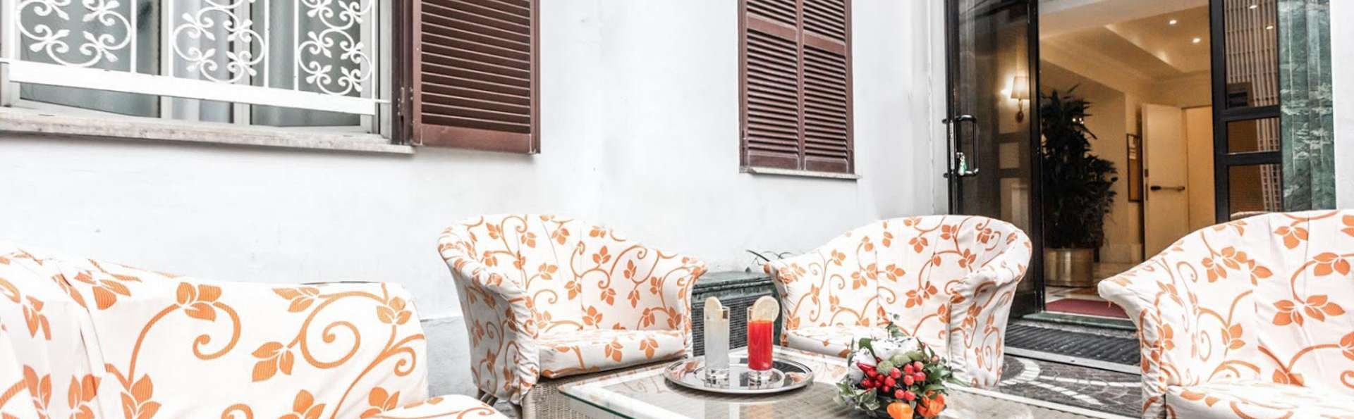 Raeli Hotel Lazio - EDIT_TERRACE_01.jpg