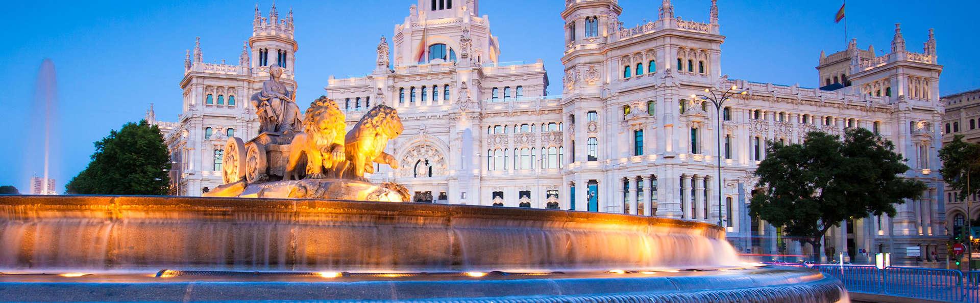 Visitez le musée du Prado et séjournez dans un hôtel avec petit-déjeuner et parking inclus