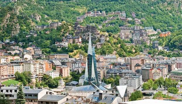 Découvrez Andorre et séjournez dans la rue commerçante