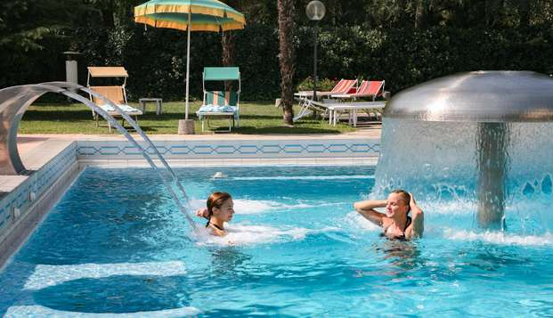 Relax e benessere con accesso alle piscine termali a Montegrotto Terme